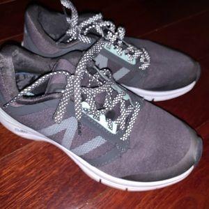 New Balance Women's Sneakers w MemoryFoam
